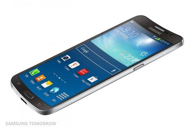 samsung-galaxy-round-smartphone-1